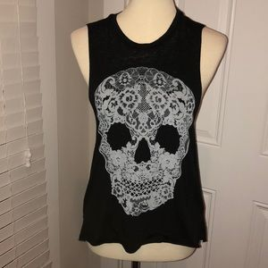 Express lacey scull tank size small